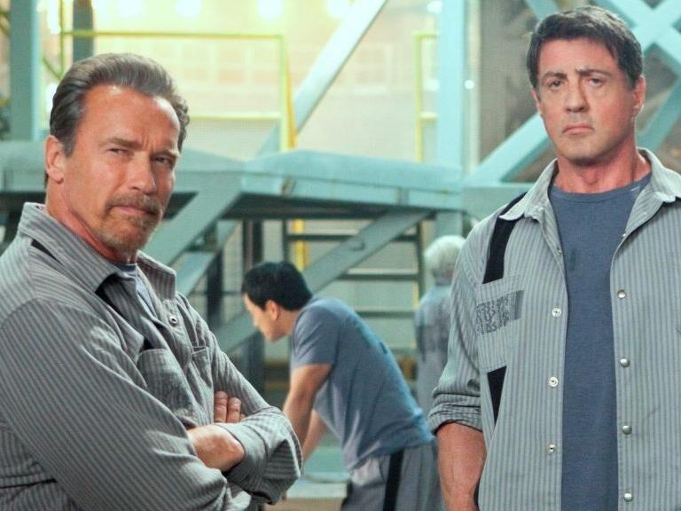 Stallone és Schwarzenegger megint börtönbe megy