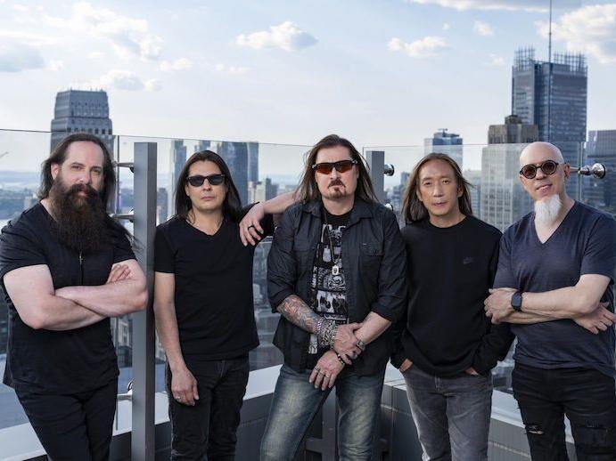 Visszatér a Dream Theater: októberben új lemez, jövőre budapesti koncert vár ránk