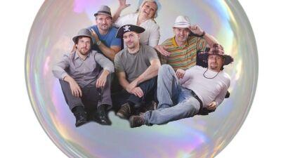 Nemzetközi dalszerző versenyen 3. lett a Buborék együttes!