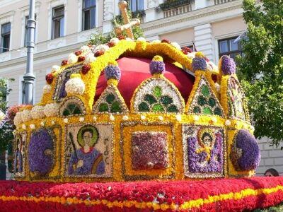 Ötvenedszerre is virágkarnevál Debrecenben