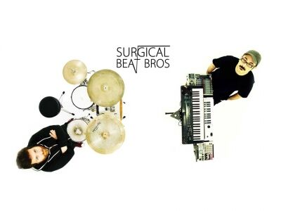Surgical Beat Bros az Aurórában