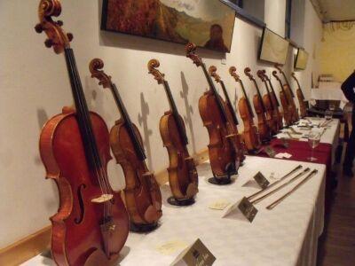 6. Wine and Violin Hegedűkészítők Szalonja