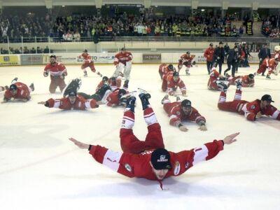 Az ERSTE Bank lesz az első osztályú felnőtt férfi jégkorongbajnokság névadó szponzora