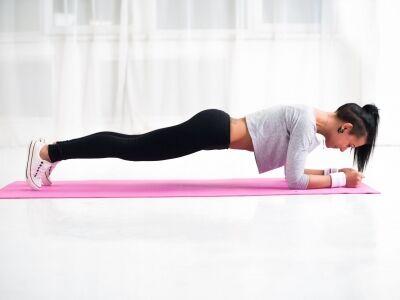 A Plank edzés pozitív előnyei