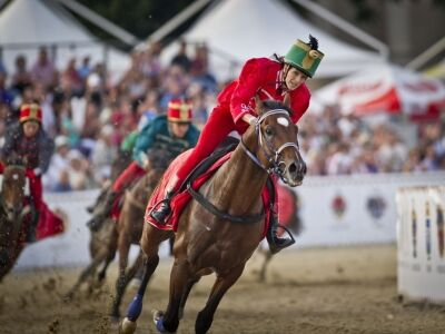 500 ló és 1000 táncos a belváros szívében