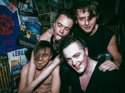 Nyers garázs punk Dublinból - Otherkin koncert a Budapesten