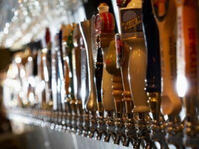 Korlátlan sörkóstolással nyit újra sörhotel