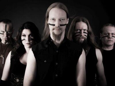 Harcos metal trió élén érkezik a finn zenekar