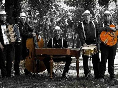 A Swing à la Django első lemeze egy életmentő applikációt népszerűsítő dallal