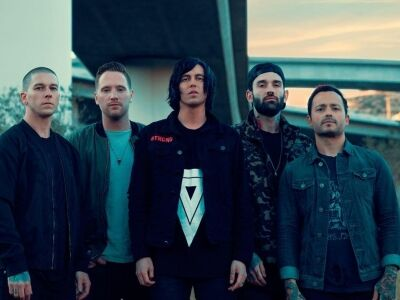 Gossip c. lemezével turnézik a Sleeping With Sirens
