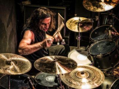 Black Sabbath műsorral jön a legendás dobos