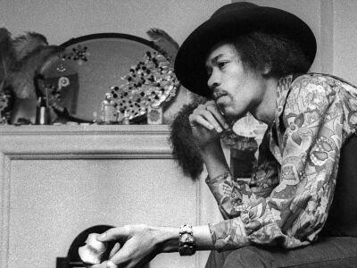 Üzenjünk Hendrixnek…