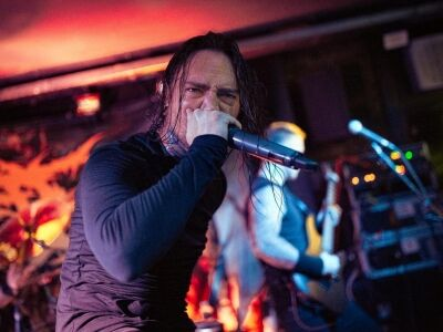 """Belsőséges"" hangulatú grindcore-ünnep"
