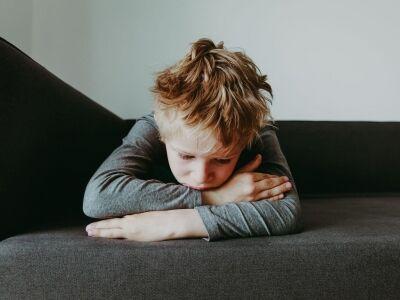 Szorong a gyerek? Ezek a tünetei