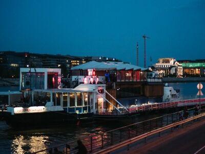 Az online tartalmakra fókuszál az A38 Hajó a #maradjotthon idején