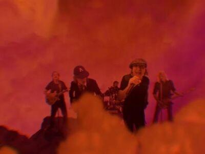 Megérkezett az AC/DC