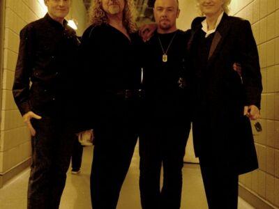 Led Zeppelin - Koncertanyaggal térnek vissza a lemezpiacra
