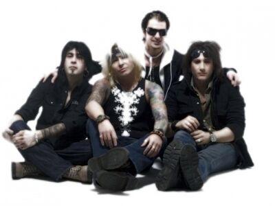 Mötley Crüe Horror Show - Rock n' Roll Circus