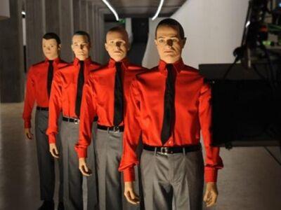 Kraftwerk - 8 este, 8 lemez és 1 lebénult weboldal