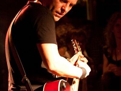 Room Service - Bryan Adams tribute a Városligeti Sörsátorban