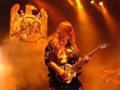 Phil Anselmo, Lemmy, Rob Zombie, Corey Taylor és még sokan tisztelegtek Jeff Hanneman előtt a Revolv
