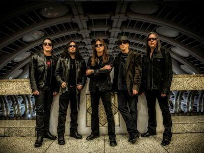 Queensrÿche @ Club 202 – A prog. metal atyjai sok régi dallal érkeznek