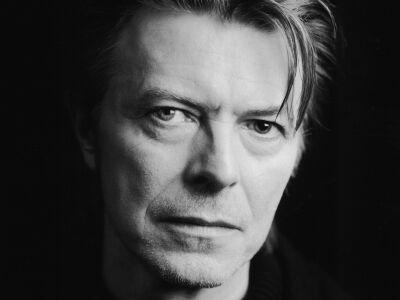 David Bowie is a Brit Awards jelöltjei között