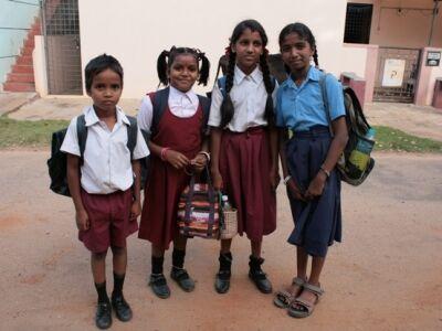 Miss Poppy – Indiában