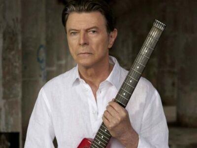 Arctic Monkeys, David Bowie a Brit Awards nyertesei között