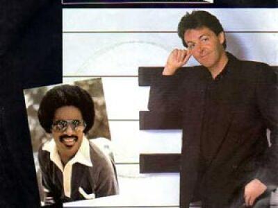 34 éve vette fel Sir Paul és Stevie Wonder az Ebony and Ivory-t