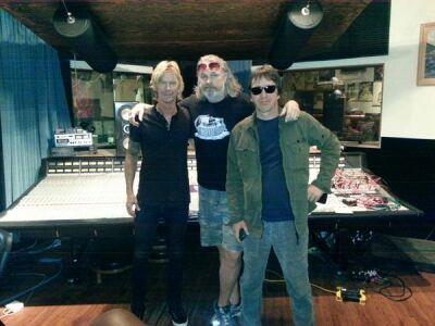 Duff McKagan és Izzy Stradlin Josh Homme stúdiójában randalírozott