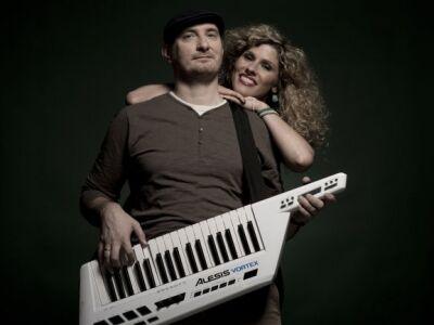 Fábián Juli & Zoohacker - Itt az első lemez, a Shine