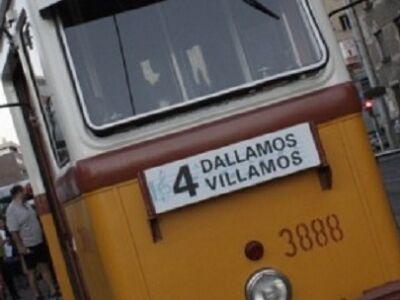 Dallamos Villamos - A 4-es vonalán