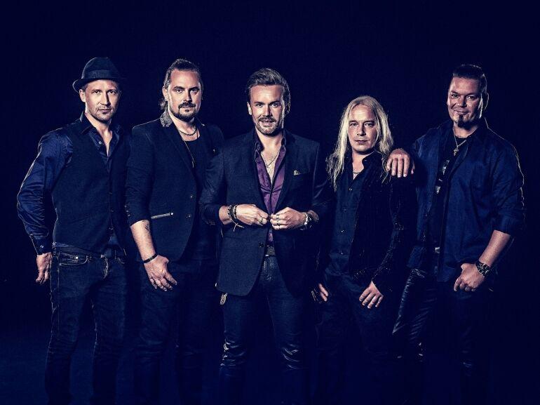 Hard rock projektjével érkezik a Nightwish gitárosa