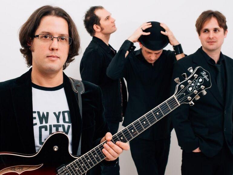 Klubszezonzáró Beatles est a The Bits-szel