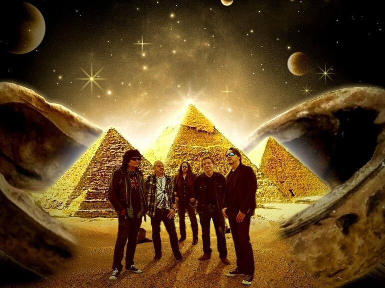 3 év után újra Piramis buli a Barba Negrában!