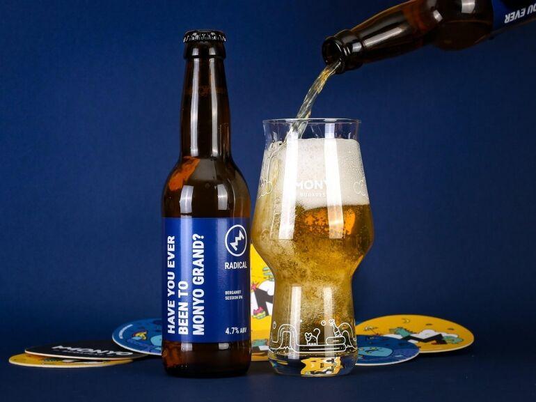 Megnyitott a MONYO Grand kézműves sörbár