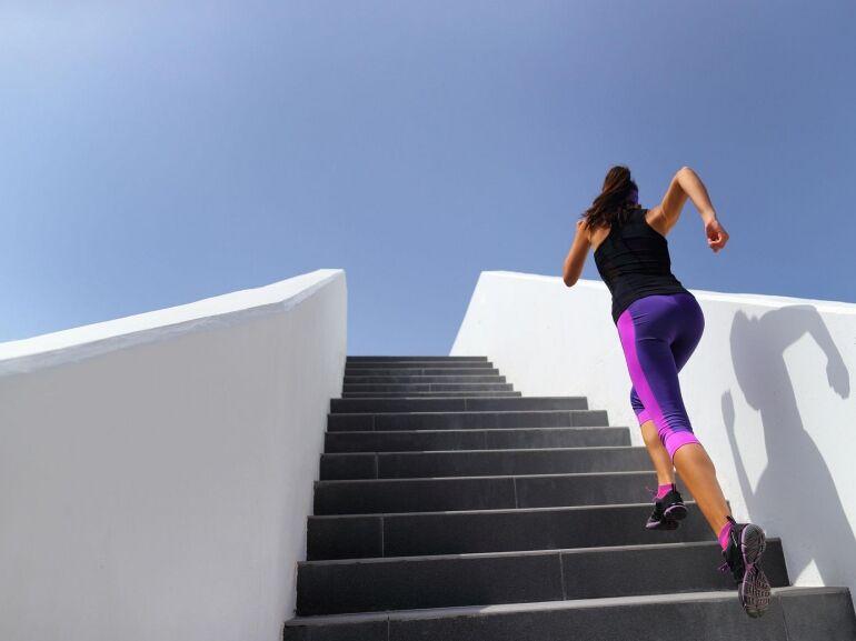 Válaszd a lépcsőt!