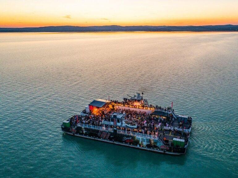 2020-ban is lesznek koncertek a Balaton közepén