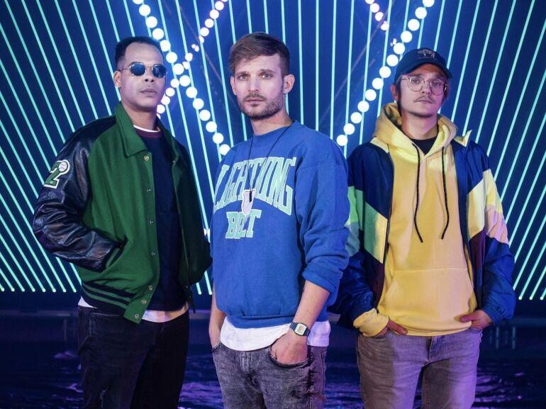 Télűző csapatáska a The Biebers zenekarral