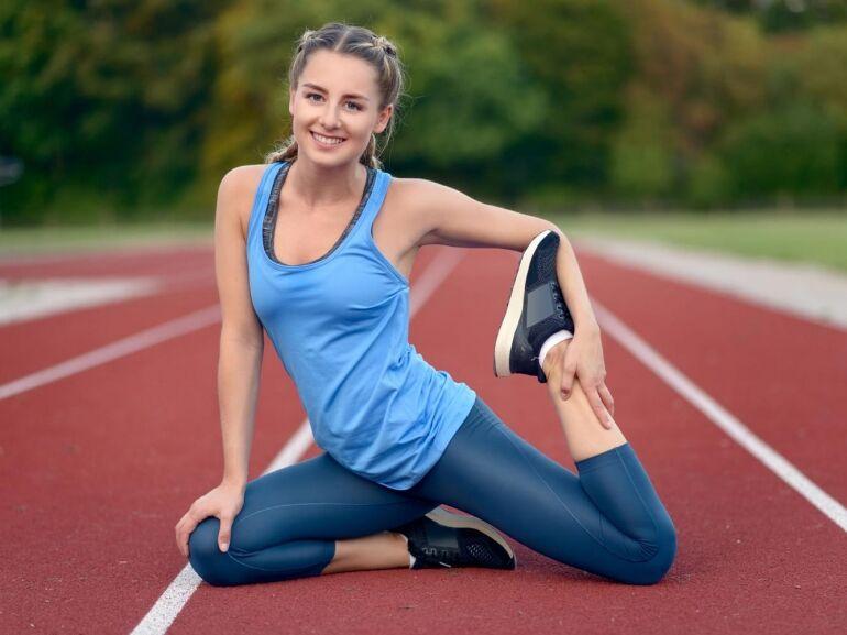Így segíti a jóga a futóteljesítményedet