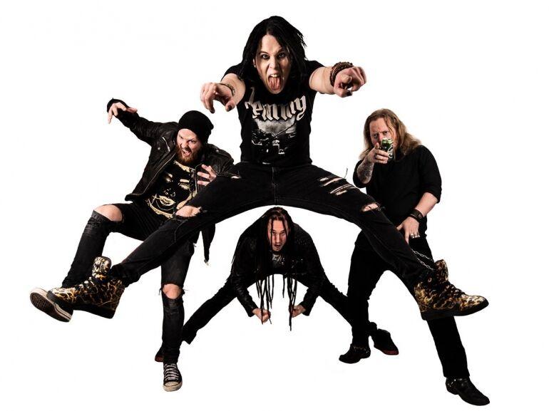 Shakedown Suzies - a svédek dirty rockra pörögnek!
