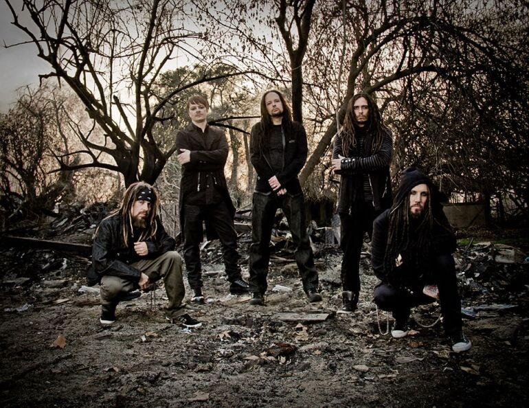 A Korn is ugyanaznap jön ki új lemezével, mint Sting, a Dream Theater és a Kings of Leon